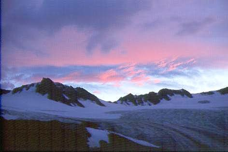 Sunrise over Vernagtglacier...