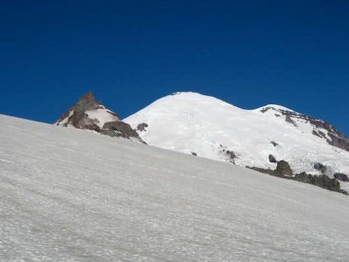 Across Flyingpan glacier from...