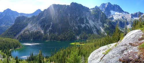 Lake Stuart panorama