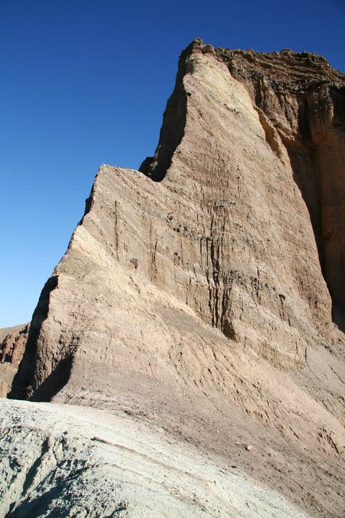 The Cliffs of Red Cathedral
