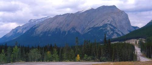 The eastern end of Rundle....
