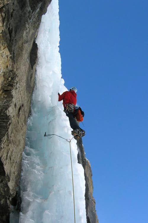 Nemesis, climbing pitch 2