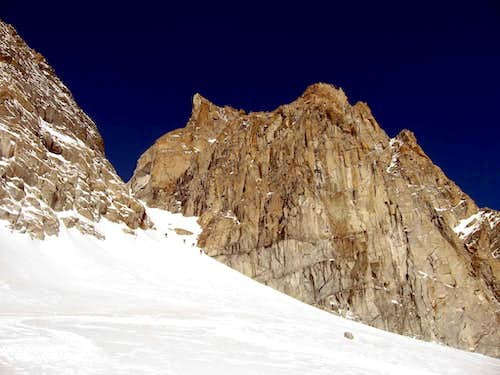 This is the couloir that permits to reach the summit from the south.