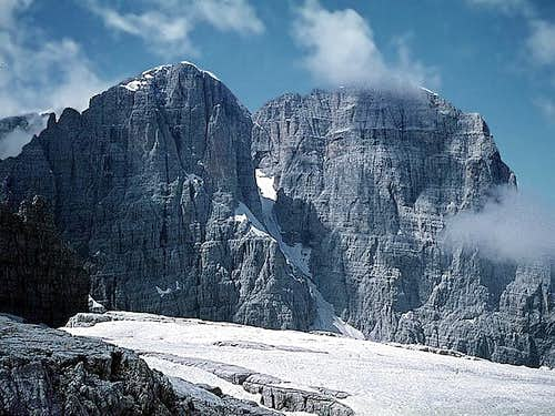 the huge massif : Cima Tosa...