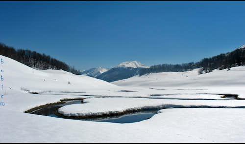 Studeni stream and Visočica Mountain