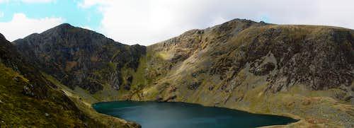 Cwm Cau Panorama