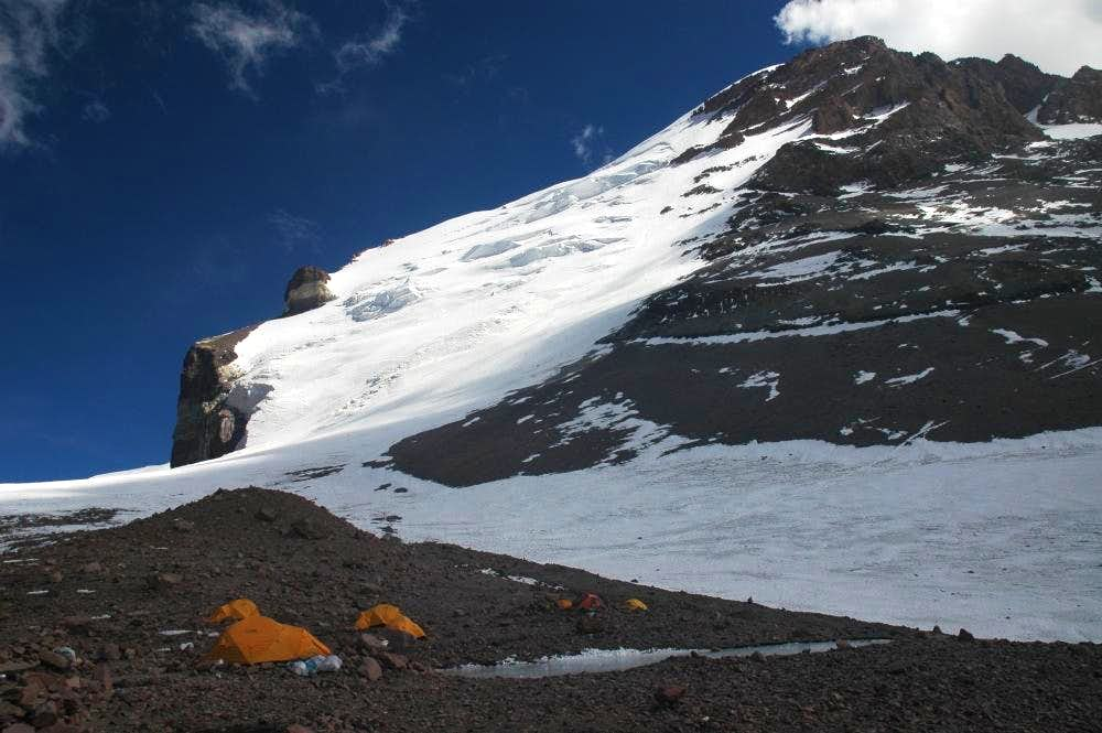 Camp 2 with Polish glacier in the background