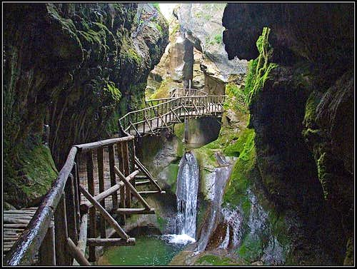 Calieron caves near Fregona