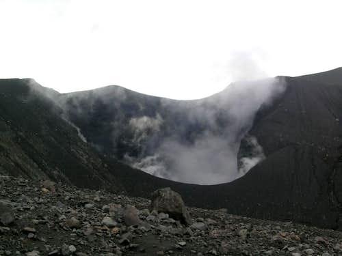 Marapi main crater