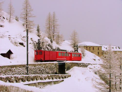 Train arriving at Montenvers station.