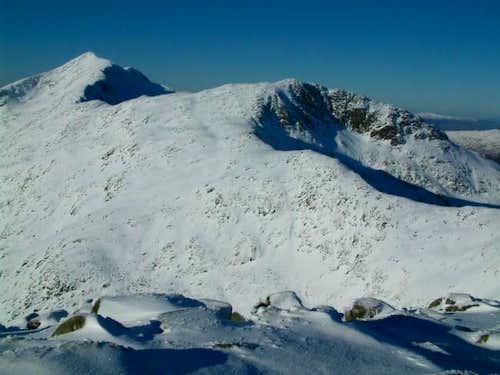 Looking along the ridge...