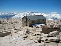 The Whitney Summit House (Amazing Background)