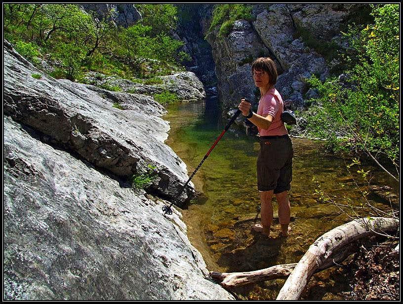 Wading in Val Rosandra / Glinscica
