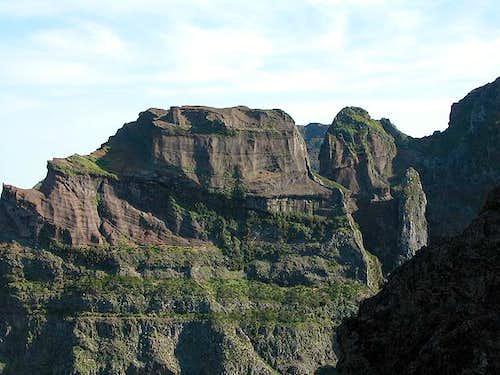 Pico das Torres (1847m), May...