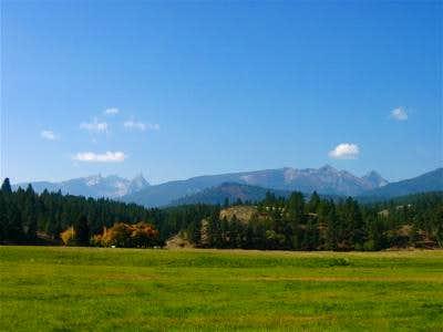 Sugarloaf and Trapper Peaks