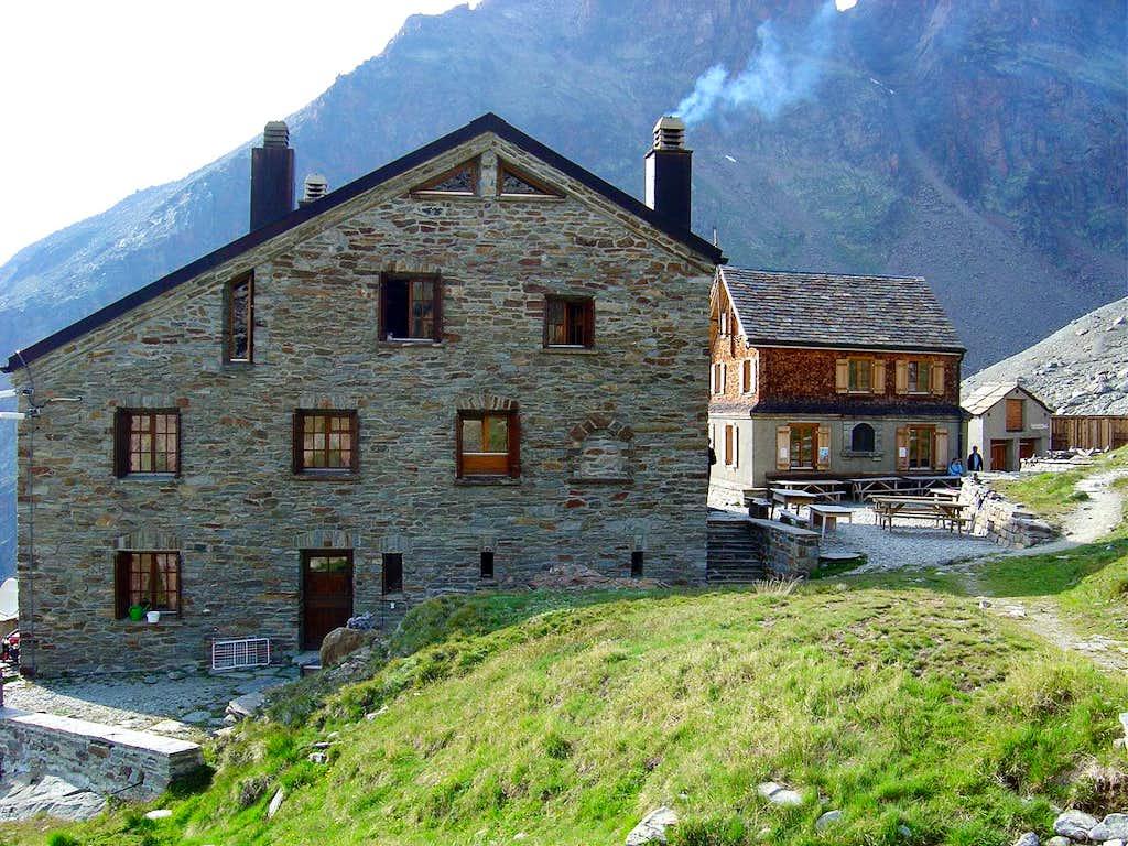 Weissmies Hut 2726m