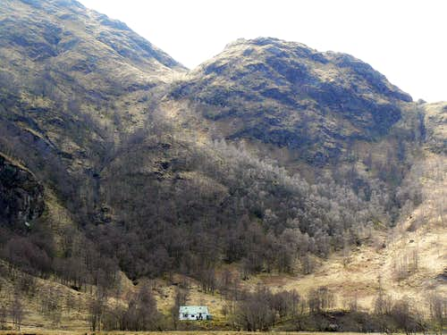 Steall climbing hut in Glen Nevis