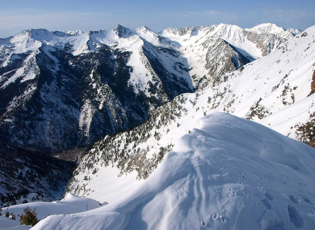 Alpine Ridge from Dromedary's west ridge