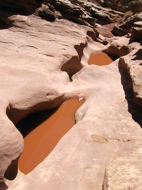 potholes in Ding Canyon