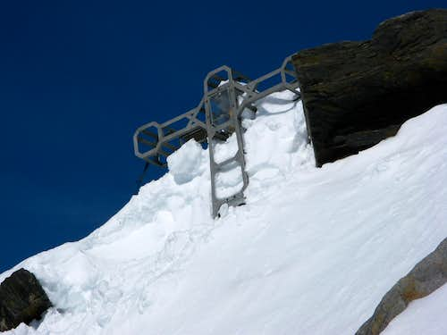 Summitcross of Dufourspitze 4634m