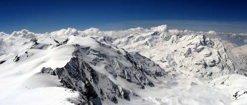 Pano of the summit around Forni Glacier.