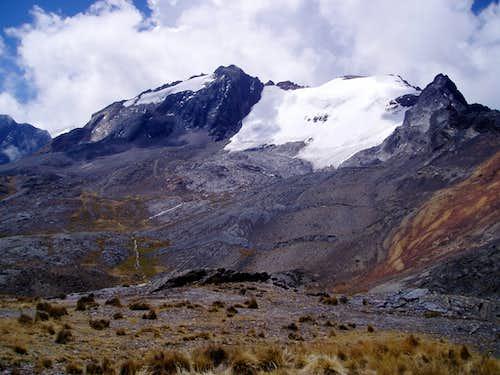 Wila Manquilizani (5324 m)