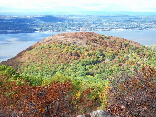 Autumn look of Sugarloaf