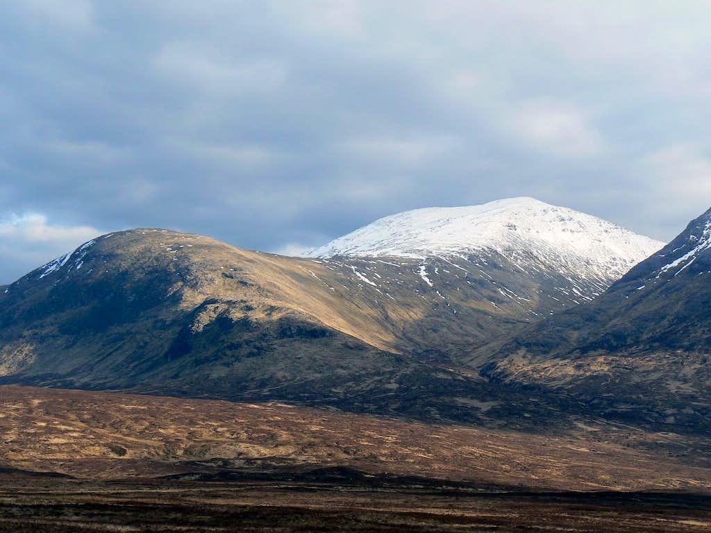 Snow topped Meall a'Bhuiridh (1108m)