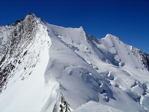 Nadelhorn 4327m (left)