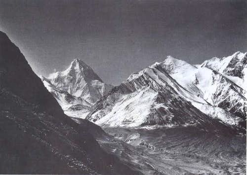 Another history photo of K2.