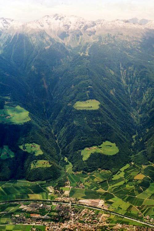 View to Hochwart from Kirchbachspitze