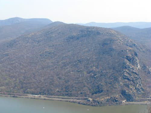 Breakneck Ridge from Storm King