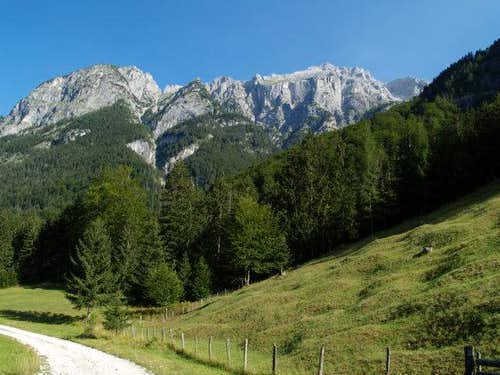Golicica, Kanceljini and Planja seen from Zadnjica