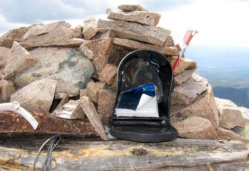 Summit mailbox