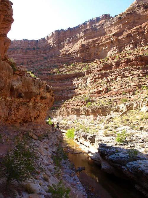 Dark Canyon ledge traverse