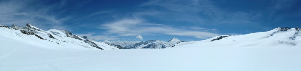 Panorama Ewigschneefäld looking south