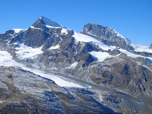 Strahlhorn 4190m and Rimpfischhorn 4199m