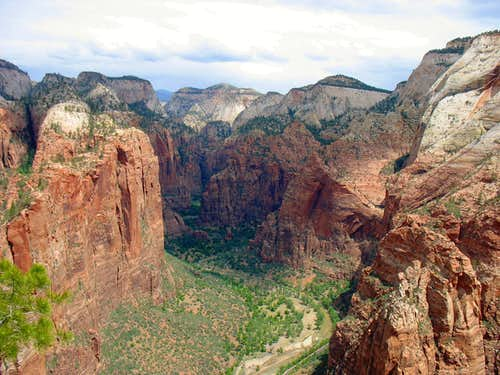 View north of Zion Canyon