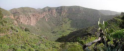 The crater of Caldera de...