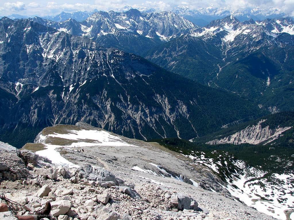 Looking down the Hinterer Pleisengrat