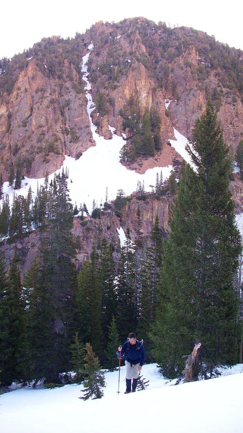 Hiking up from Red Pine