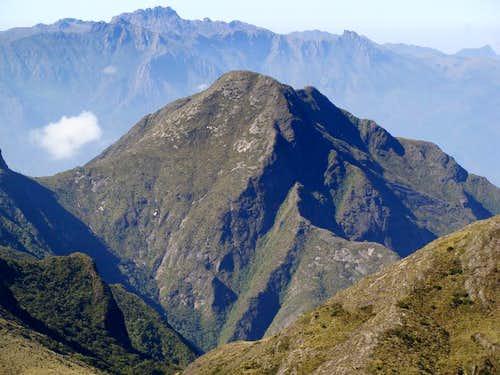 Cabeça de Touro 2620m and Agulhas Negras 2790m