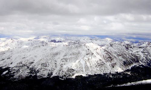 The skyline of 13ers in the storm