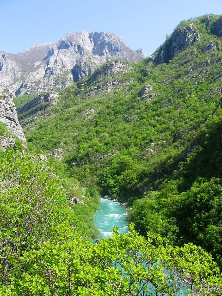 Morača canyon