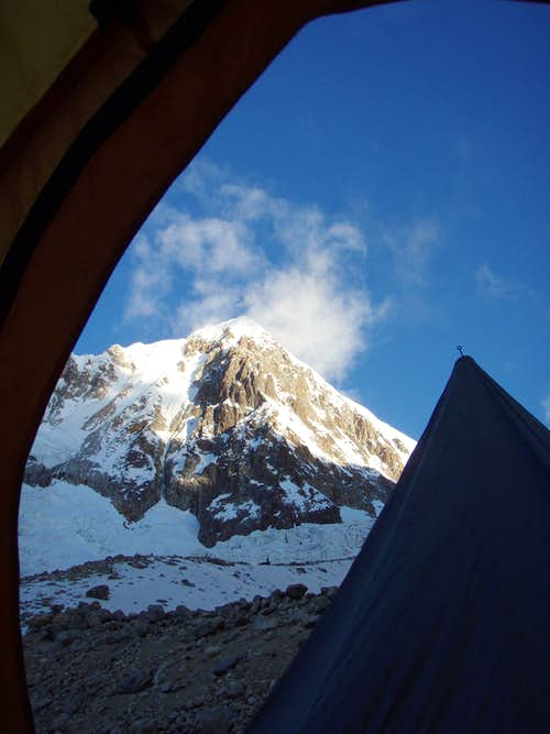 From highcamp before the glacier.