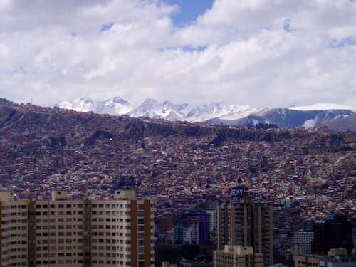 Serranias Serkhe above La Paz after snowfall