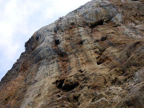 routes on la Molpa cliff