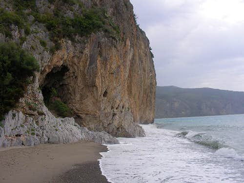 the Cliff of la Molpa