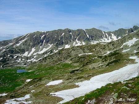 Slăveiu ridge
