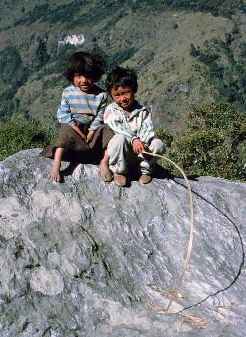 Children near Lukla
